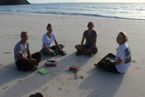 Fiji_beachdevos-e1537330439967